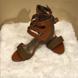 "Go Max 3 1/2"" wedge heels"